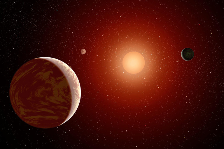 planets_under_a_red_sun-768x512