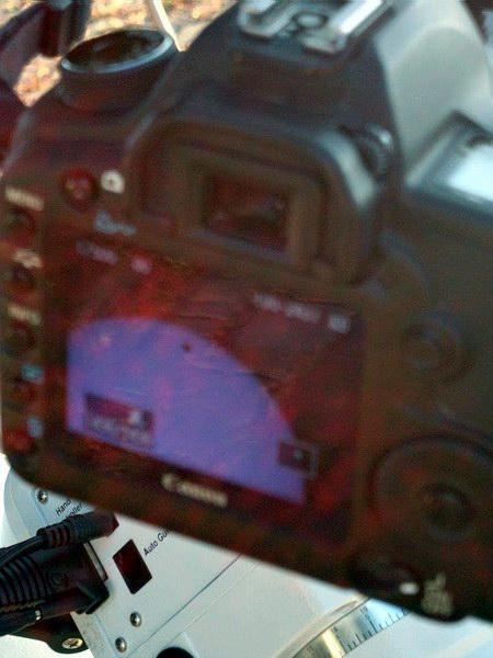 Il retro della fotocamera con un dettaglio del transito appena fotografato