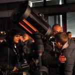 I bambini sono sempre i benvenuti ai nostri eventi. Qui tre bravissimi operatori dell'Accademia assistono un piccolo astronomo durante l'osservazione al telescopio