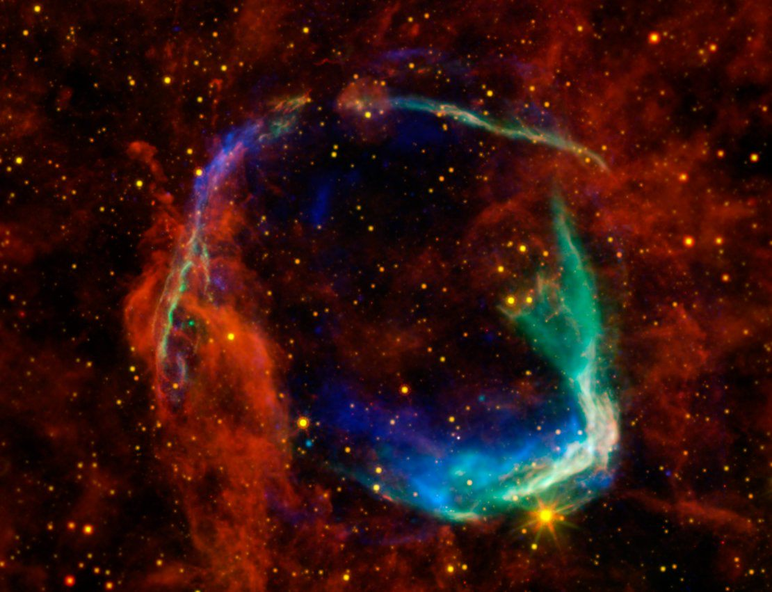 multicoloured_view_of_supernova_remnant_article_mob