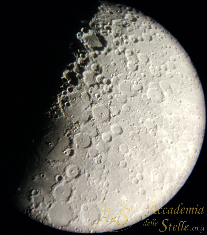 Dettaglio lunare al telescopio