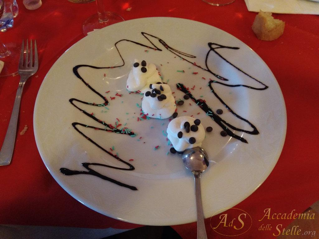 Un dolce insolitamente goloso: mousse di ricotta con gocce di cioccolato