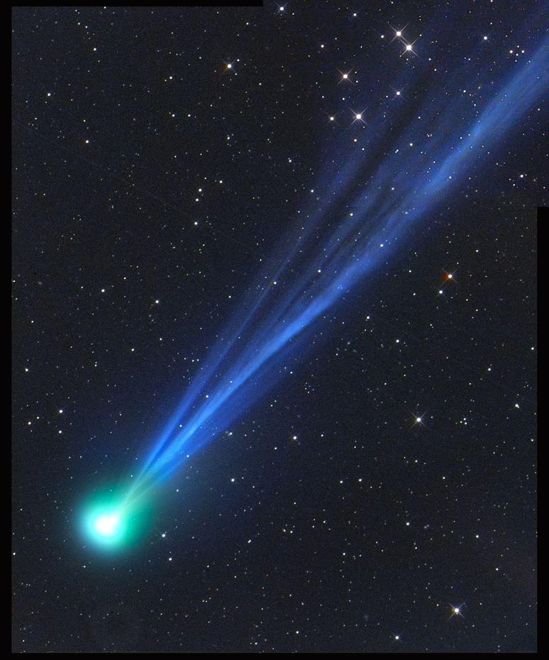 Spettacolare foto della cometa C/2020 F8 SWAN ottenuta da Gerald Rhemann dai cieli della Namibia il 4 maggio 2020