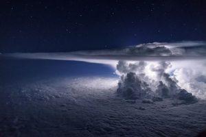 Pacific storm - Cumulonimbus flashes - temporale notturno