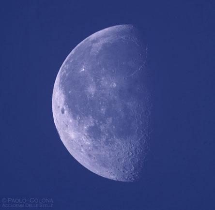 La Luna di giorno-